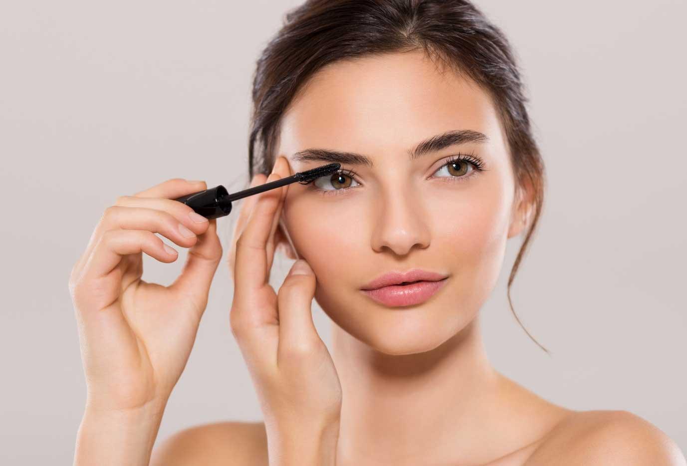 Cómo maquillarse para parecer mas joven