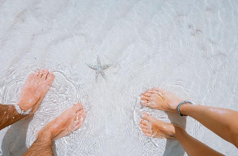 tener pies bonitos