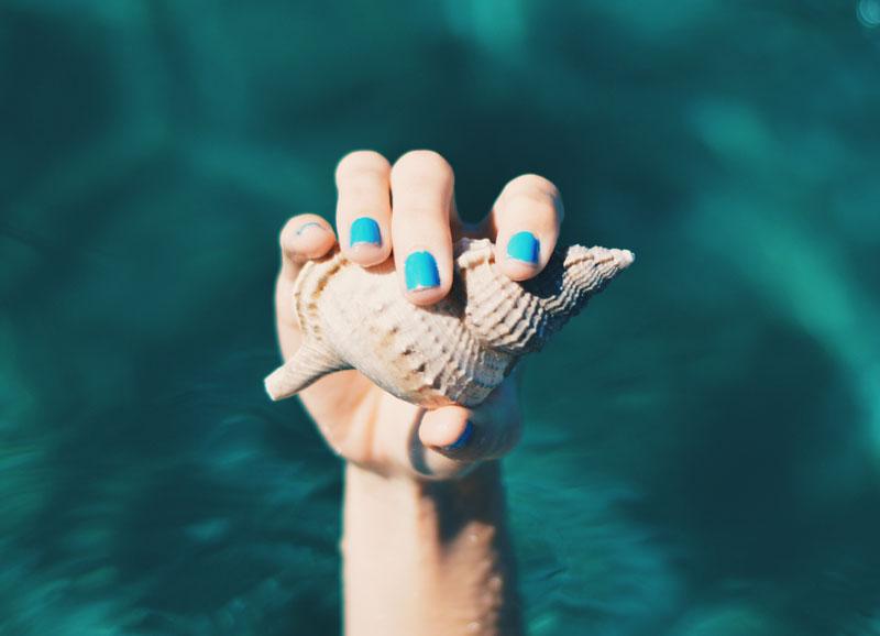 5 tips para cuidar las uñas este verano
